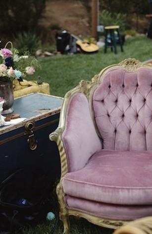 Vintage d n vintage gelinlik mobilya 797312 weddbook for Mobilya wedding