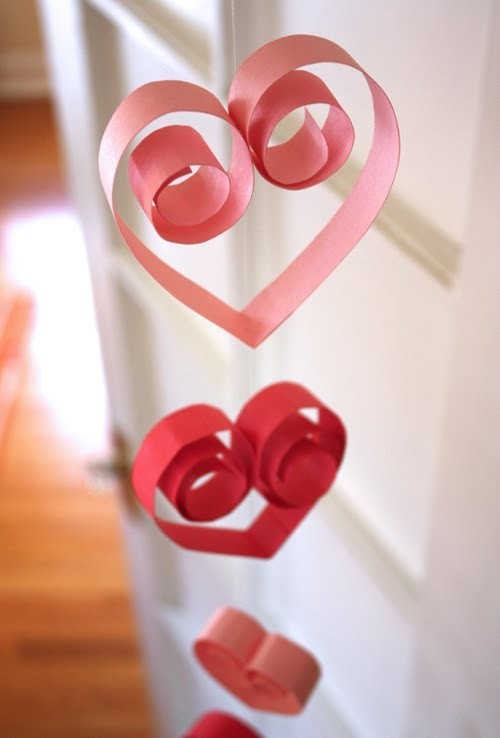 Wedding - Simple DIY Red Heart Garland for Weddings, Christmas and Valentine's Day ♥ Christmas Decorations ♥ Valentine's Day Decorations