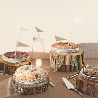 Rustic Wedding Decorations on Pies Von First Slice Pie Cafe  Photo By Chennergy  Rustikalen