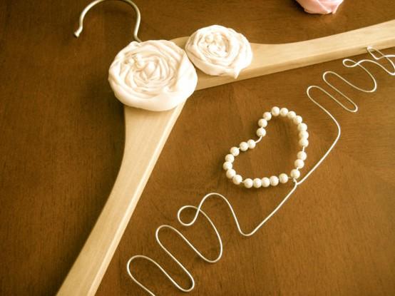 Hochzeit - Hochzeit Hanger - Romance Ideas