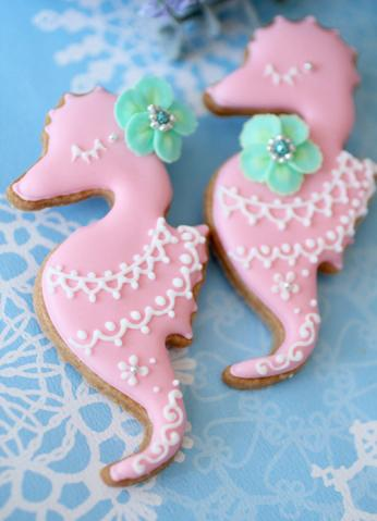 image of Creative Wedding Cookies ♥ Unique Wedding Favors