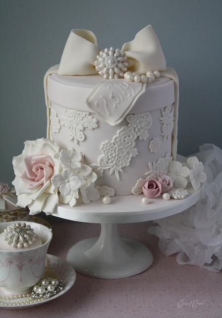 Fondant Cake Decorating   Lace Hatbox Wedding Cake With ...