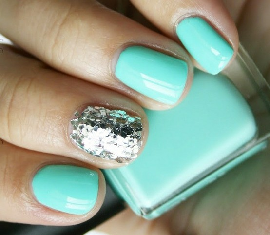 One Nail Different Color Trend Summer Art Design