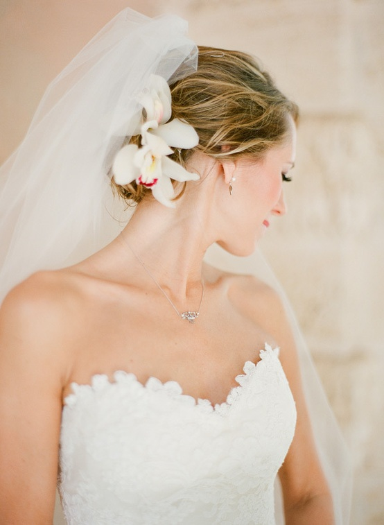 ... Simple Wedding HairStyles ♥ Wedding Updo Hairstyle and Simple Veil