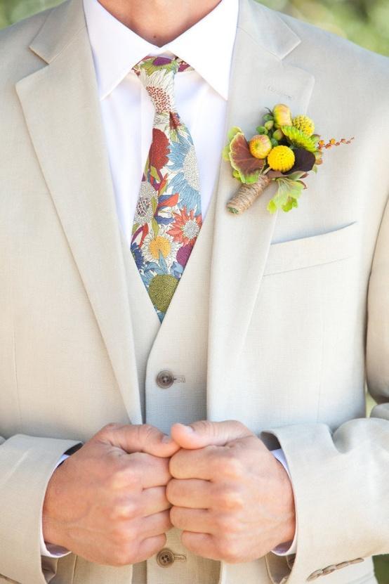 Свадьба - Craspedia бутоньерка и цветочные ретро галстуков для жениха