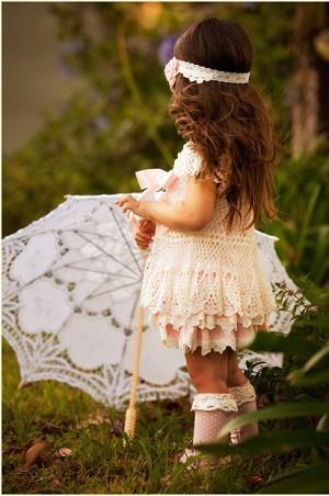 Hochzeit - Vintage Lace Mädchenkleider ♥ Cute Flower Girl