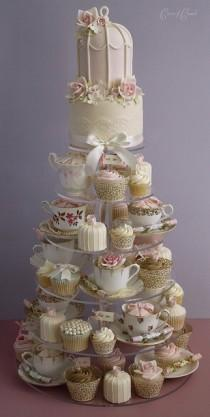 wedding photo -  Gorgeous Teapot / Teacup Cupcakes Designs by Mesa de Doces