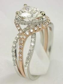 wedding photo - Pear Shaped Diamond Wedding Ring