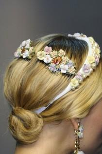 wedding photo -  Bridal hair accesorizes