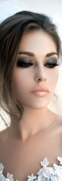 Maquillaje y peinado para novias 2014