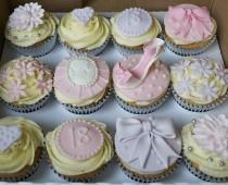 wedding photo - 18Th Birthday Cupcakes
