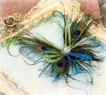 wedding photo - Peacock Feather Butterfly Fascinator Comb Pin Winter Papillon Farfalla Mariposa. Iridescent Golden Paon Pfau Pavo. Bride Flower Girl Couture