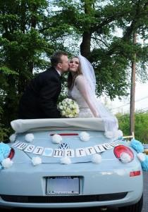 wedding photo - JUST MARRIED car sign, wedding banner, photo prop, CUSTOM colors - New