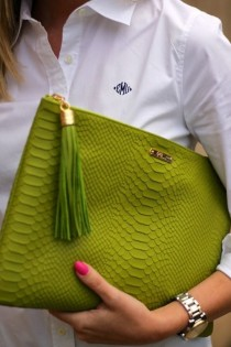 wedding photo - Green Hand Clutch