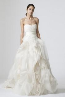 wedding photo -  Classic Vera Wang Wedding Dress