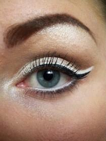 wedding photo - Cat Eye Hochzeit Makeup ♥ Cat And Fishtail Eyeliner