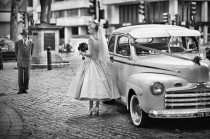 wedding photo - Getaway Classic Car ♥ Wedding Just Married