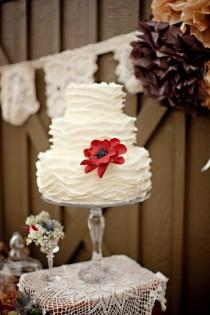 wedding photo - Ruffle Wedding Cakes ♥ Hochzeitstorte Design