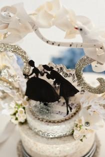 wedding photo - Vintage Wedding Cake Topper