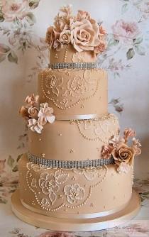 wedding photo - Special Wedding Cake Design