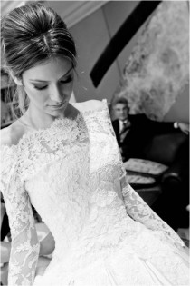 wedding photo - Lace Langarm Brautkleid ♥ Lace Bateau-Ausschnitt Brautkleid ♥ Winter Wedding Dresses