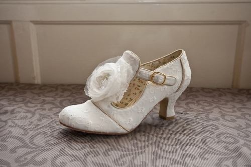 Ivory Vintage Lace Bridal Wedding Shoe